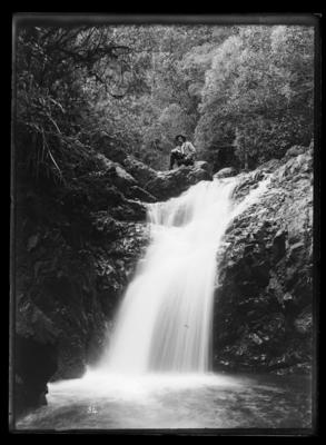 Codes Point waterfall, upper