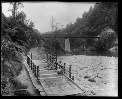 Lyell Bridge