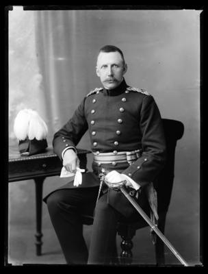 Wolfe, Colonel