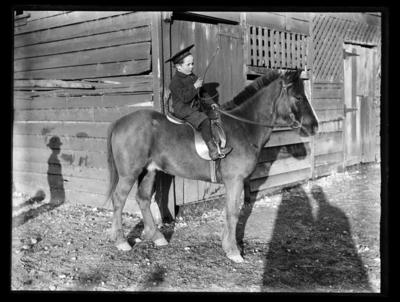 Haase boy and horse, Collingwood