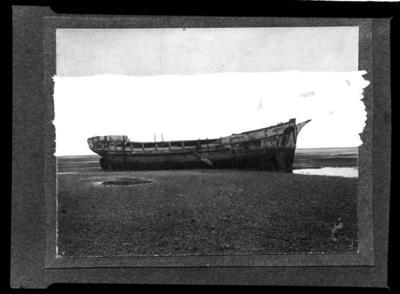 """""""Old Age""""'. The """"Argus"""", Nelson mudflats Aug 1922"""