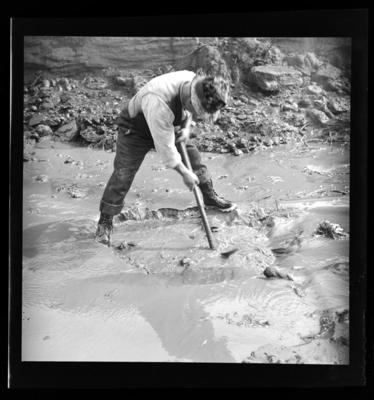 Gold sluicing, Addisons Flat, late 1930's; Late 1930s; NPM2002.126.1