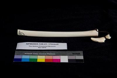 Ororuarangi - Flute made of wheua/ animal bone