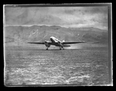 Clouston, air pilots arrival in Nelson