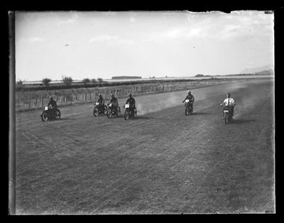 Motorcycle Racing, Richmond Showground, 1938