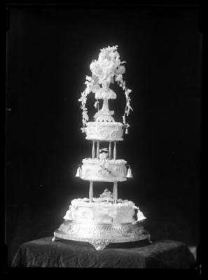 Hodgkinson, wedding cake