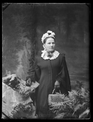 Rutherford, Mrs