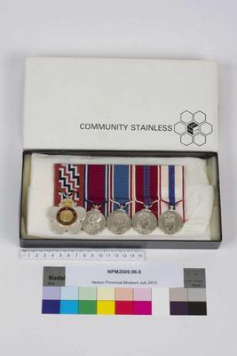 Medals, miniatures, Holyoake