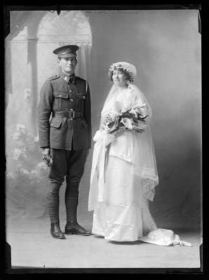 Private Leslie Malcolm Newlove (1895 - 1917) and Mrs Maud Myrtle Newlove nee Grooby (b.1894)