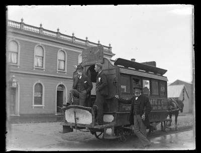 Moate & Co bus