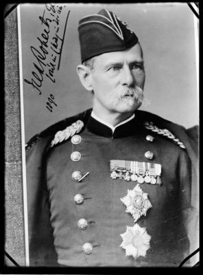 Roberts, Colonel