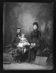 William and Emily Hocton with baby Roseanna